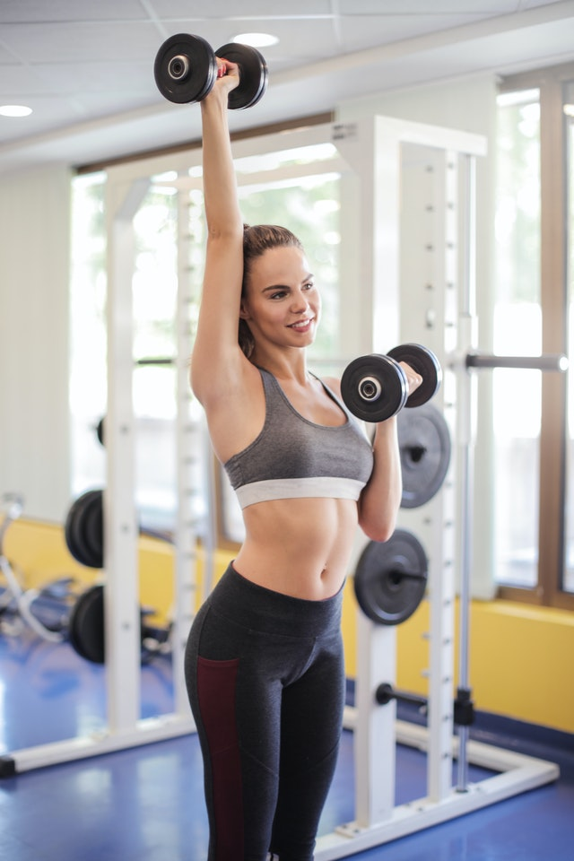 8 Benefits of Lifting Weights You Should Know