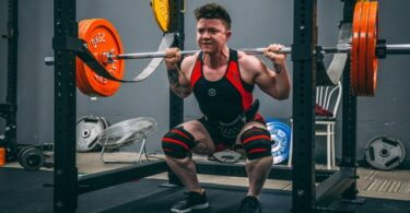 gain muscle with squats
